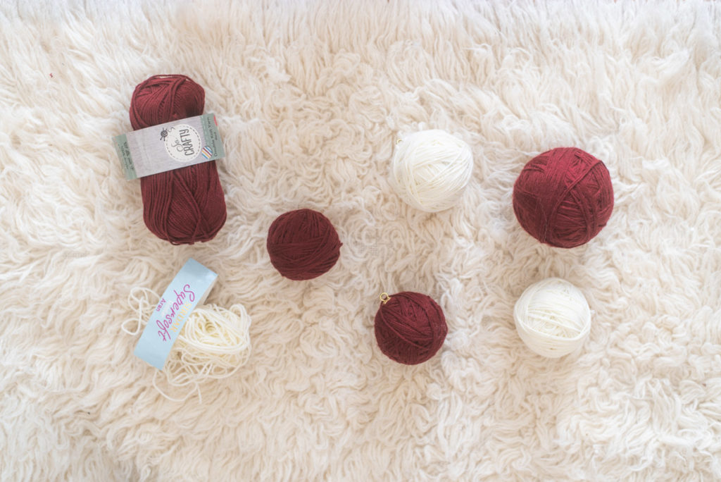 Knitted baubles for christmas tree