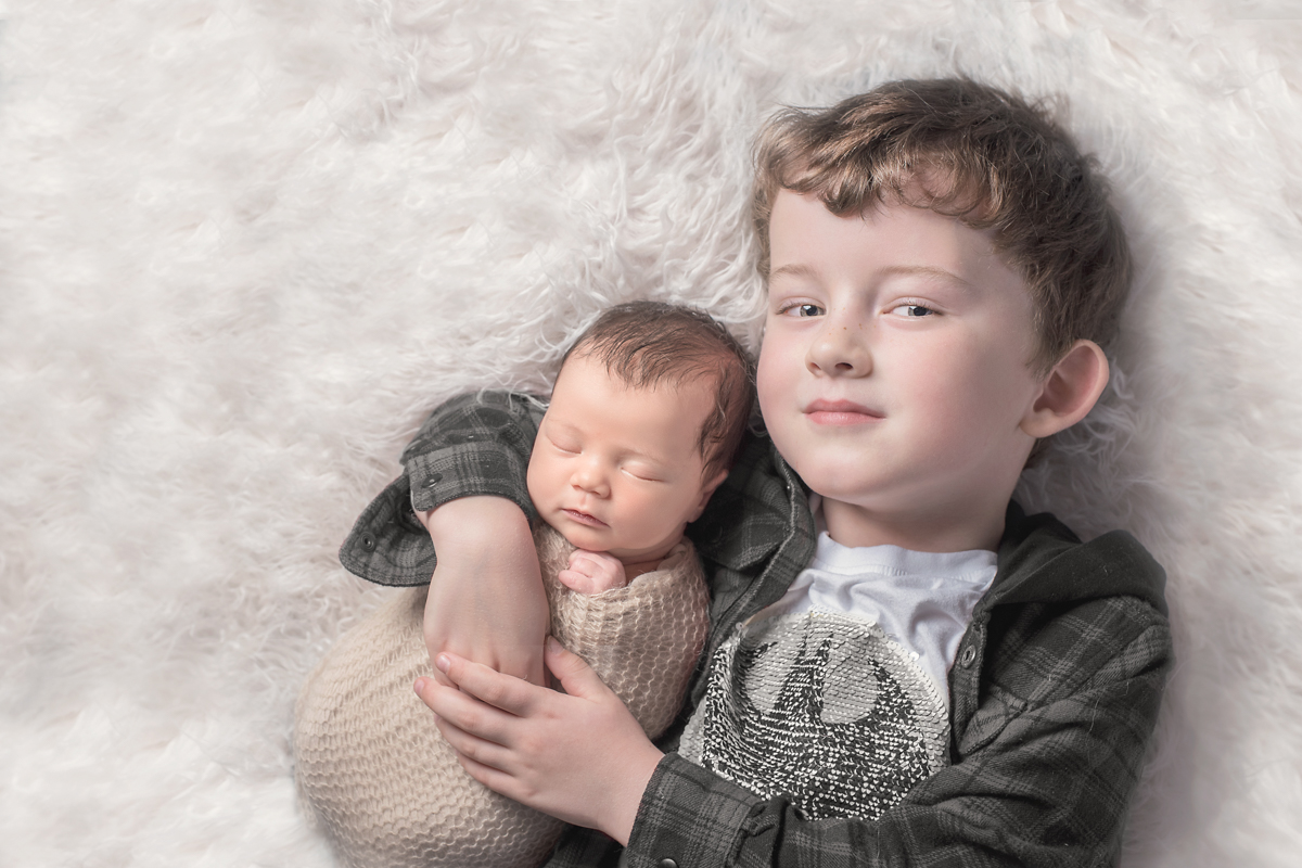 sister-and-brother-photo